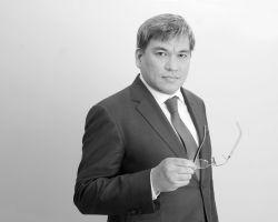 Timur L. Onikov